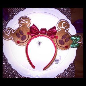 New Christmas Disney Gingerbread Cookie Minnie Ear